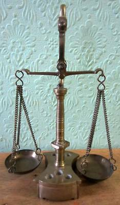 Vintage Small Cast Brass Weighing Scales Collectable/Jeweller/Chemist