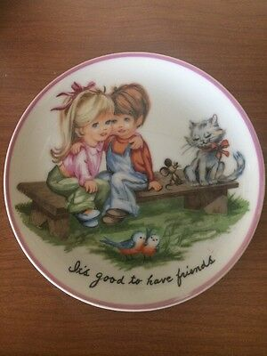 vintage Retro Wall Hanging Plate 1970s Girl  Cat It's Good To Have Friends