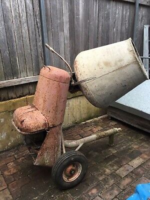 Robust Electric Cement mixer. working condition