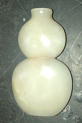 Antique 18th/19th cent pale Jade Chinese gourd snuff botte
