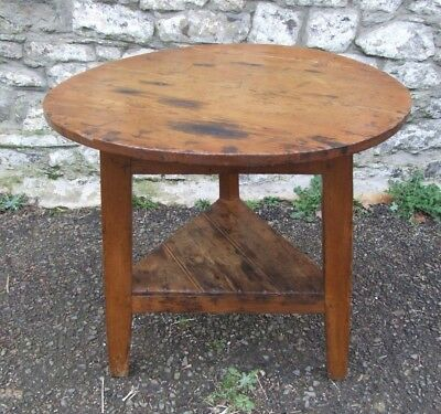 Antique 19th Century pitch pine Welsh CRICKET TABLE round side table