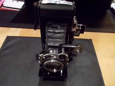"""ZEISS IKON  Folding Camera  TESSAR 1:35 F105 SOLD """"AS IS"""" FOR PARTS/DISPLAY"""