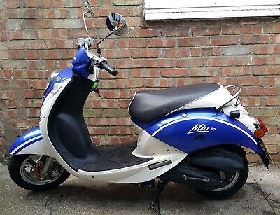 Superb Sym Mio 50cc Scooter, low mileage just serviced.