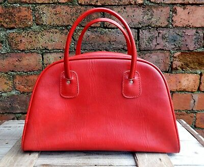 Vintage Mid Century Red Faux Leather Handbad Small Tote  Tog Bag 1950s 1960s