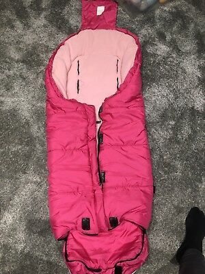Kaiser extra long thermo fleece pushchair footmuff in Pink. Central zip.