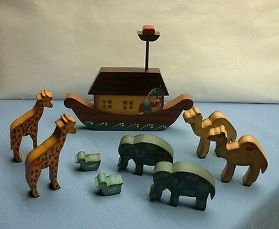 Noah's Ark Toll Painted Wooden Set of 9 Pieces - Beautiful