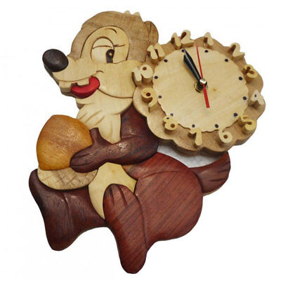 Q Toys Squirel Wooden Wall Clock