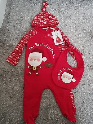 42e0035f8e57 unisex bnwt 3-6 months mini club boots my first Christmas 3 piece set