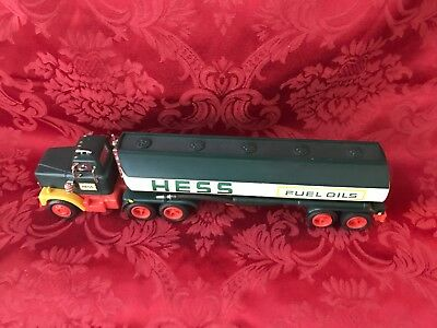 """1977 Hess """"toy Oil Tanker Truck""""-For Parts Or A Rebuild Project-Needs Tlc"""