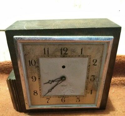 1930s Art Deco Solid Oak Mantle Clock Smith's Electrics