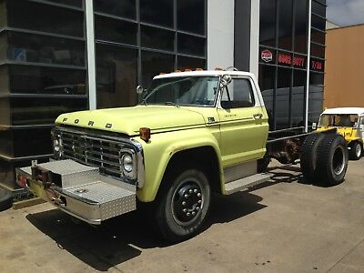 ford f700 cab chassis f100 truck USA import