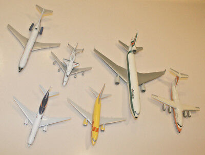 Lot of 6 Airliners Junkyard - Various Carriers and Scales - Missing Stands