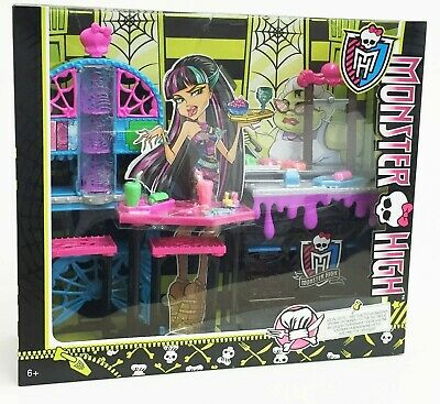 Monster High Creepateria Cafe Social Spot for Doll Playset Toy Damaged Box