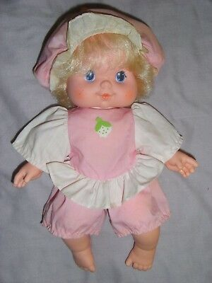 Vintage Strawberry Shortcake Baby Needs A Name Blowkiss Doll