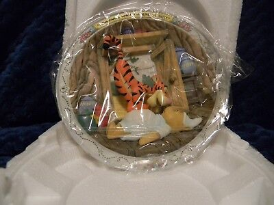 DISNEY Winnie the Pooh collector 3d limited edition- with COA