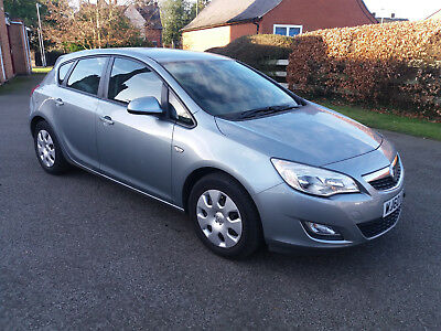 2010 Vauxhall Astra 1.7CDTi Exclusiv 5dr Diesel Silver Manual