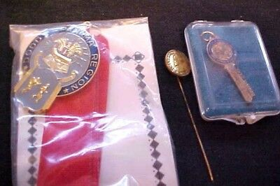 Lot Vintage Panama Canal Zone Items Order Of The Master Key Stickpin Dodds Medal