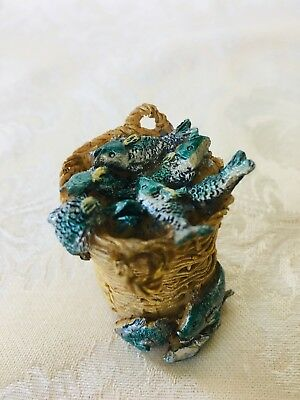 "Fontanini RESIN BASKET OF FISH Accessory for 5"" Nativity & Village"