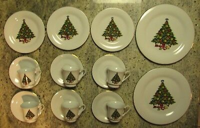 Sea Gull Fine China 17 Pieces Christmas Tree Tea and Dish Set Jian Shiang