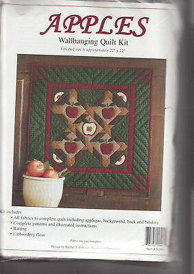 PATCHWORK/QUILTING/APPLIQUE KIT -   'APPLES', Wall-Hanging