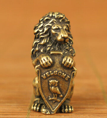 Rare valuable chinese Old hand carving lion statue figure Hand piece