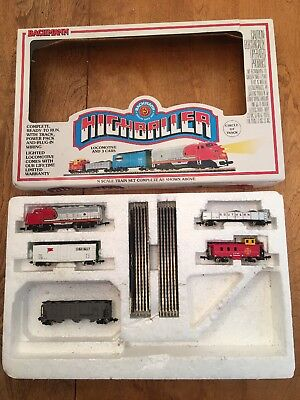 N Scale Bachmann Highballer Locomotive 4 Cars Track 24300 Train Set Not Complete