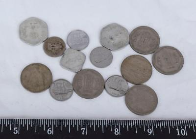 Lot of 14 Circulated Foreign Coins India Rupees g30