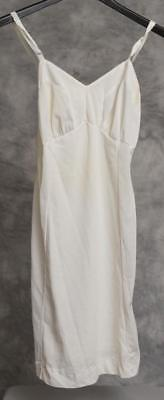 Vintage Lingerie White Nightgown Size 34 g30