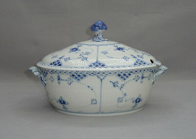 Royal Copenhagen Musselmalet Suppenterrine 1-595 Halbspitze Terrine Tureen & Lid