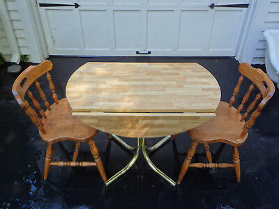 VTG 3pc MAPLE WOOD KITCHEN DINING KITCHENETTE APARTMENT SIZE CHAIRS ROUND TABLE
