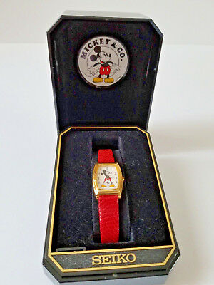 Seiko Mickey Mouse 2K02-5019 Wristwatch in Original Case and Box