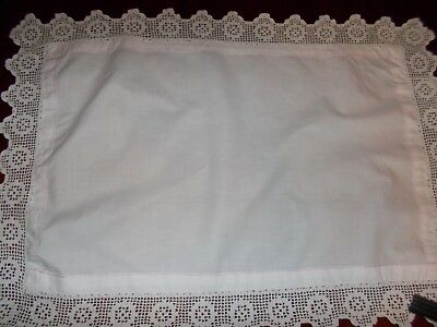 """Vintage  White  Cloth  with Lace Trim   26"""" x 18.5"""""""