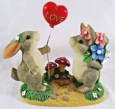 Charming Tails Figurine Love is in the Air Valentine Day