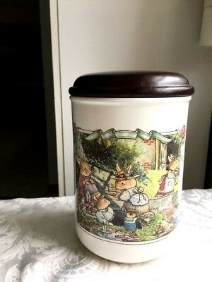 "VILLEROY & BOCH FOXWOOD TALES Cannister/Storage Jar 6-3/4"" H Brian Paterson VG"
