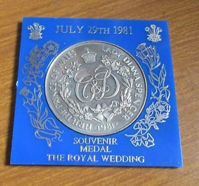 1981 Boxed Prince Charles & Miss Lady Diana Spencer Wedding Medallion / Medal
