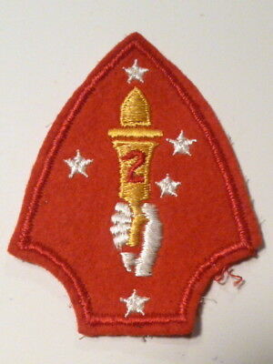 A   WW 2 U S Marine Corps 2nd Division White Hand Embroidered Felt Patch