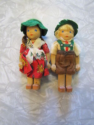 "Pair of Vintage German Lotte Siever-Hahn Wooden Dolls ~  5"" Tall"