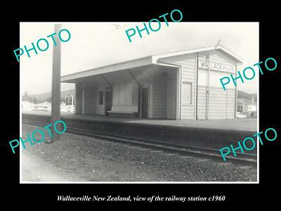 OLD LARGE HISTORIC PHOTO OF WALLACEVILLE NEW ZEALAND, THE RAILWAY STATION c1960