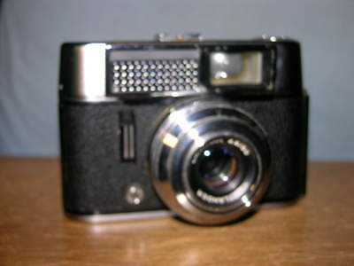 Voigtlander Vito Automatic Camera with Lanthar 50mm f2.8 Lens