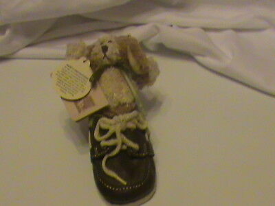 Boyds Collection, Bear-Foot Friends, Gen-yoo-wine Boyds Skippy ... All Tied Up