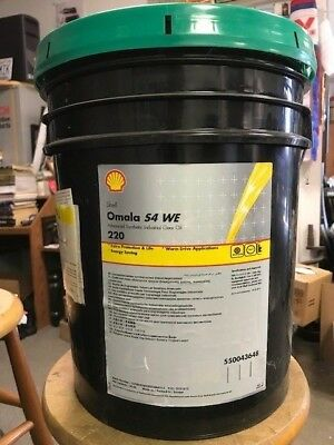 Shell Omala S4 WE 220 Synthetic Gear Oil 6 gal pail (#550043648)