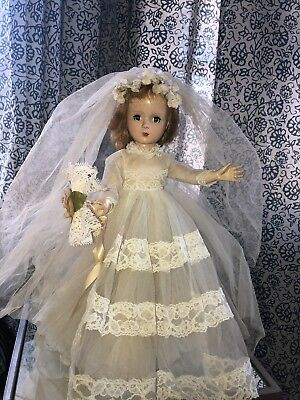 Madame Alexander Margaret face, WALKER DOLL, 14 INCHES. Pretty Doll💕