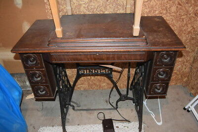 Vintage Antique Singer Sewing Cabinet with Singer 401A Sewing Machine