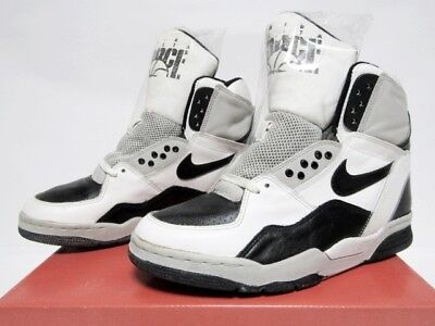 best loved 76ff3 c580f NIKE DELTA FORCE ST Mens Sneakers Shoes White × Black Size US 8 Vintage  Y107