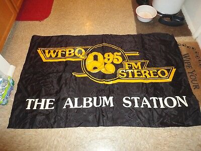 Vintage 1978 Wfbq Q95 The Album Station Banner Bob & Tom Indianapolis In Rock