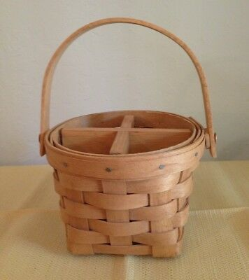 "Longaberger 5"" Measuring Basket and 4-Way Wooden (non Longaberger) Divider"