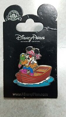 Disneyland Resort Paris Pin - Mickey Pirate On Boat  - on card