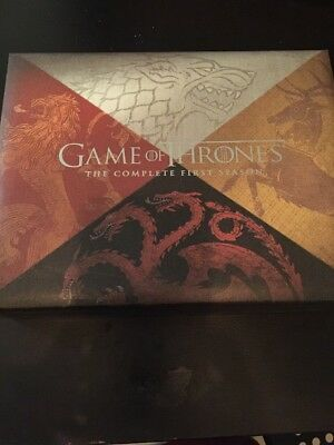 Coffret Blu-ray Collector Game of Thrones Saison 1 + réplique d'oeuf de dragon
