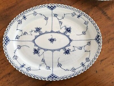 Royal Copenhagen, Blue Fluted Lace, 1 oval Platter, nº 1/1148.