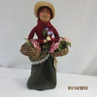 Byers' Choice The Carolers. Cries of London: Woman Flower Vendor 1994